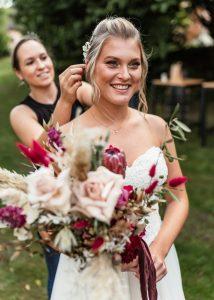 Alexandra Lederer Brautstylist beim Brautstyling